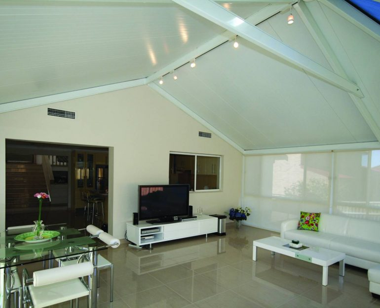 Queensland Room Coffs Harbour Blinds and Awnings (5)