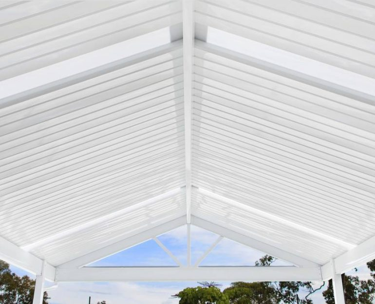 Shademaster Gable Roof Coffs Harbour Blinds and Awnings (2)