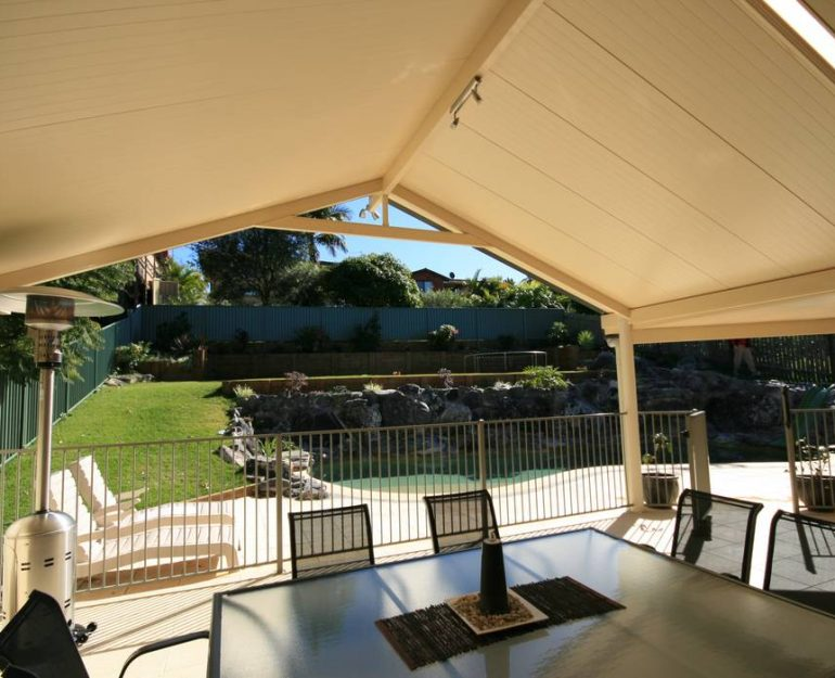 Shademaster Gable Roof Coffs Harbour Blinds and Awnings (4)