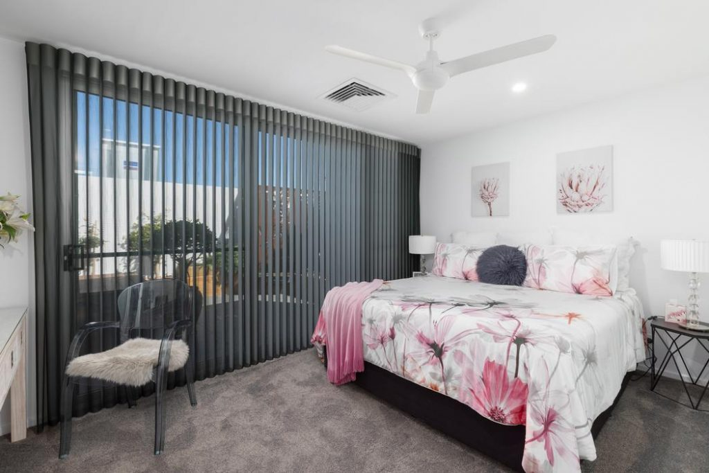 Privacy Sheers Luxaflex Luminette Curtain Coffs Harbour 009 Best Blinds for Sliding Doors