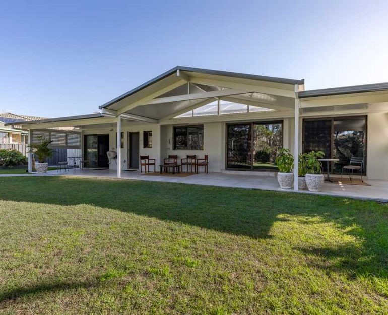 Carports and Patios by Coffs Harbour Blinds and Awnings (8)